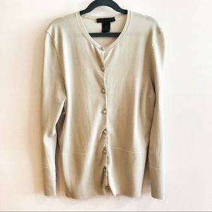 The Limited Button Sleeve Design Classic Cardigan
